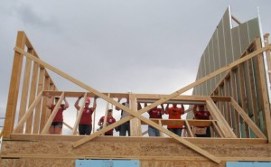 2014 Womens' Build - Lift that wall!